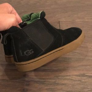 Black Toddler Boy Ugg Boots